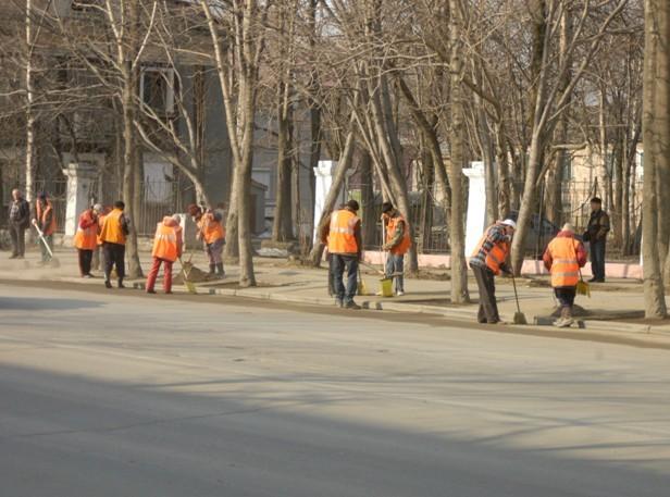 В городе не убирают улицы что делать